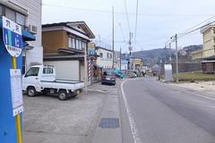 旧役場前にある穴沢バス停