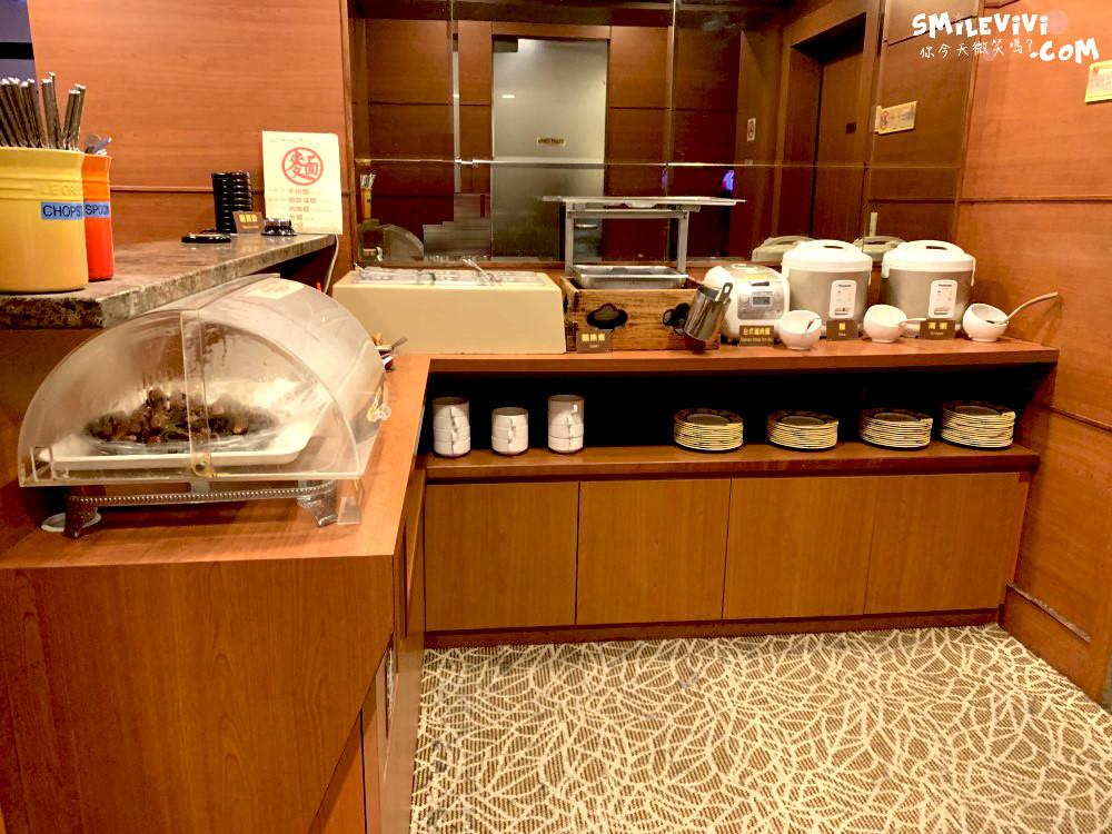 台灣∥高雄小港國際機場摩爾貴賓室(MORE PREMIUM LOUNGE)體驗 19 47772597262 4d7e92614b o