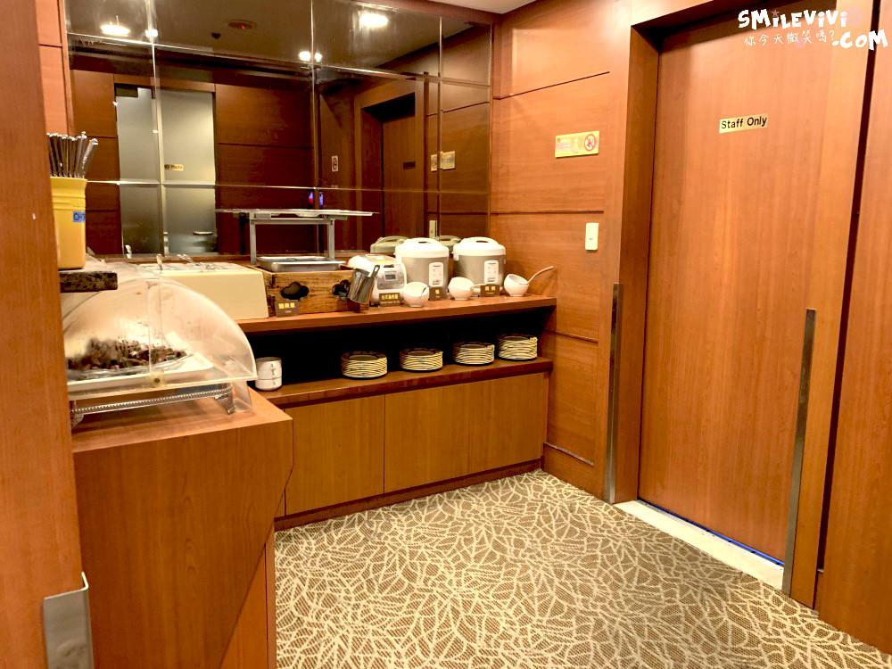 台灣∥高雄小港國際機場摩爾貴賓室(MORE PREMIUM LOUNGE)體驗 18 47772597562 031765b0c6 o