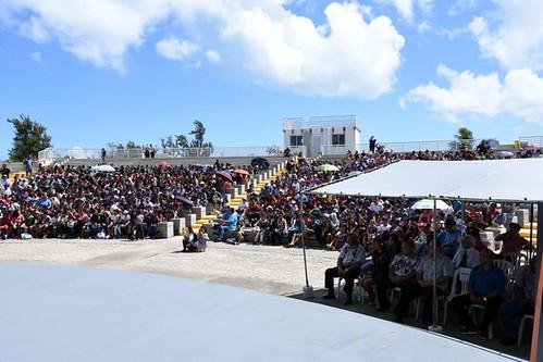 American-Memorial-Park-Quarter-Ceremony-Crowd