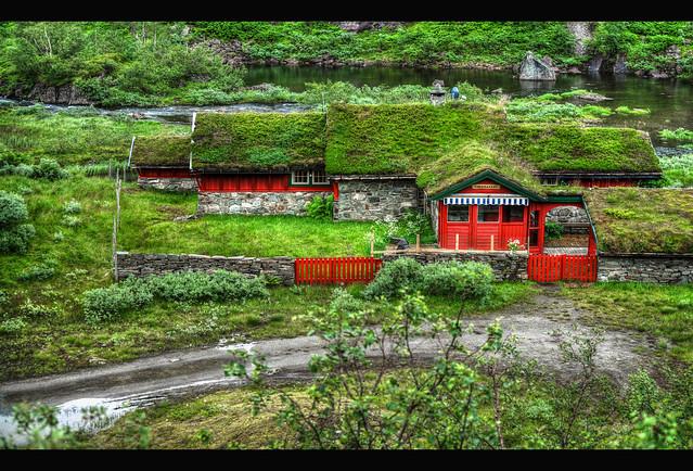 Tjødnastøl - Norwegian landscape beauty