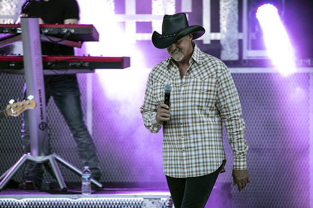 Trace Adkins (1)