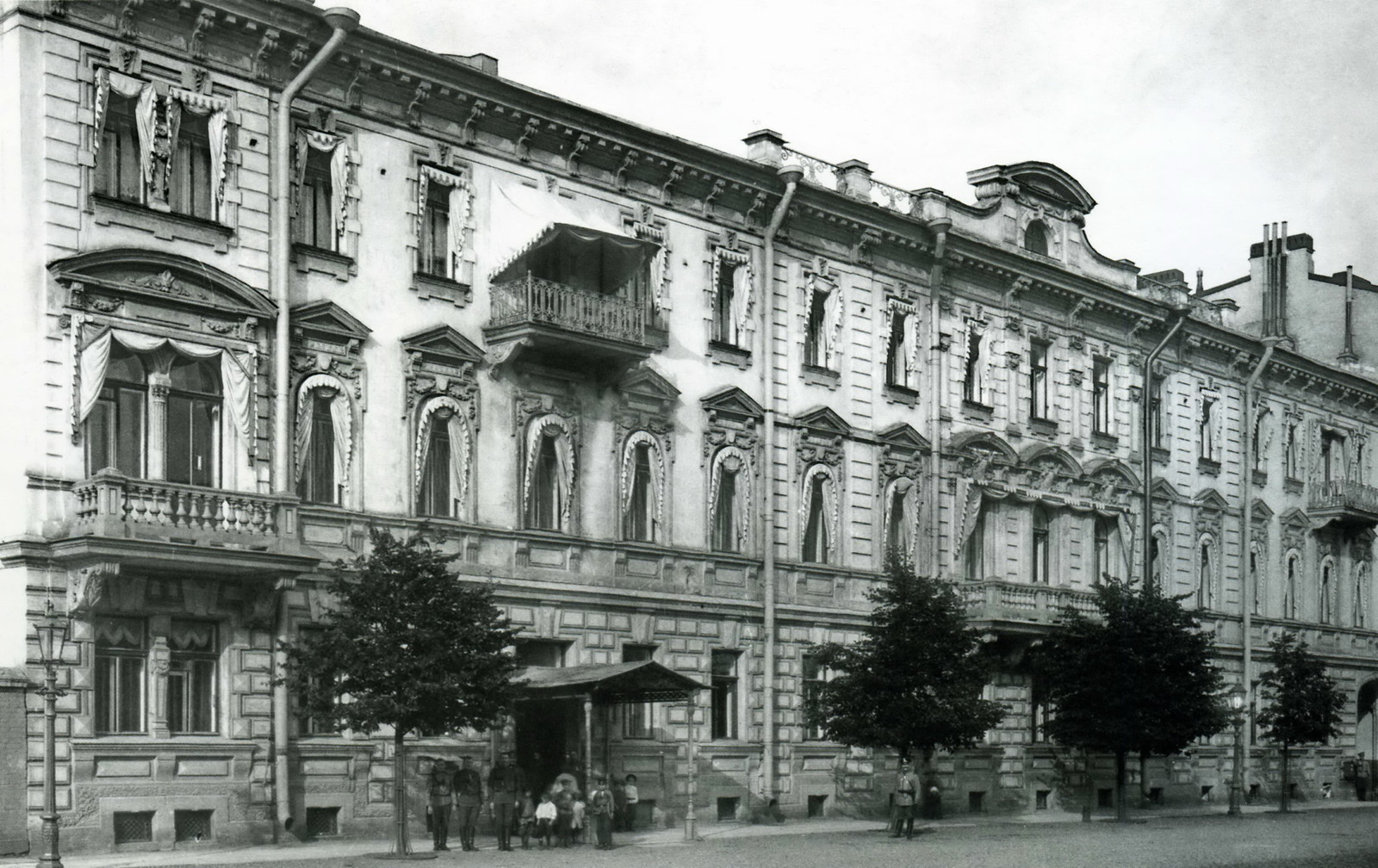 Здание штаба отдельного корпуса жандармов.Фурштадская ул., д.40.