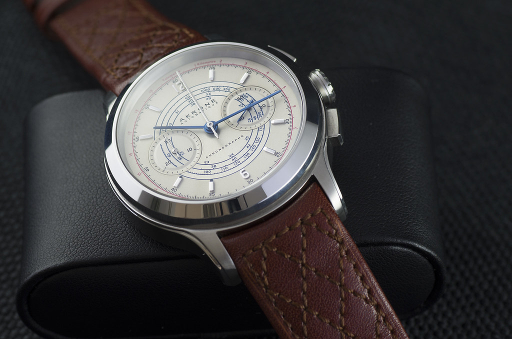 Akrone : des montres, tout simplement 47775383082_269d30ca19_b