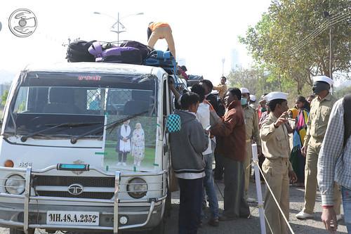 Arrival of devotees