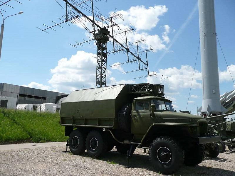 P-18 Radar 00120