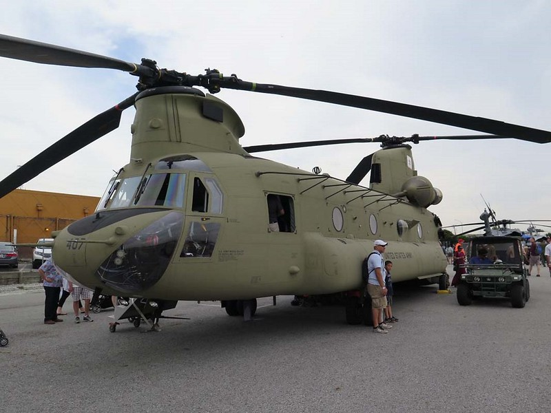 Boeing CH-47F Chinook 00001