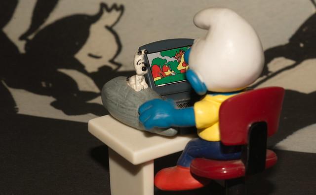 DSC_0767 r Puffo redattore con mouse Idefix e fondo Tintin