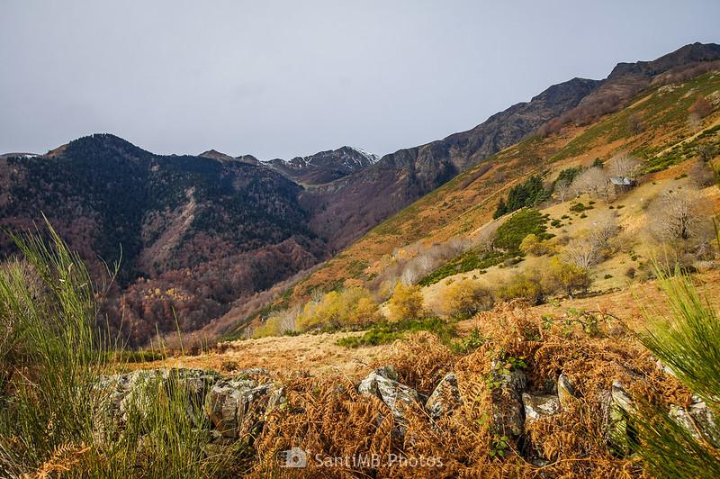 Montañas de la frontera con Francia camino del Coret de Pan