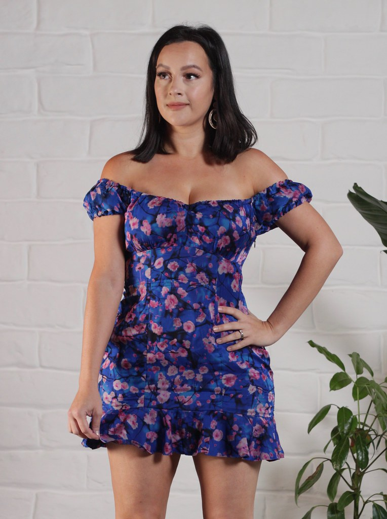 Floral Rita Dress Hack - Julia Bobbin