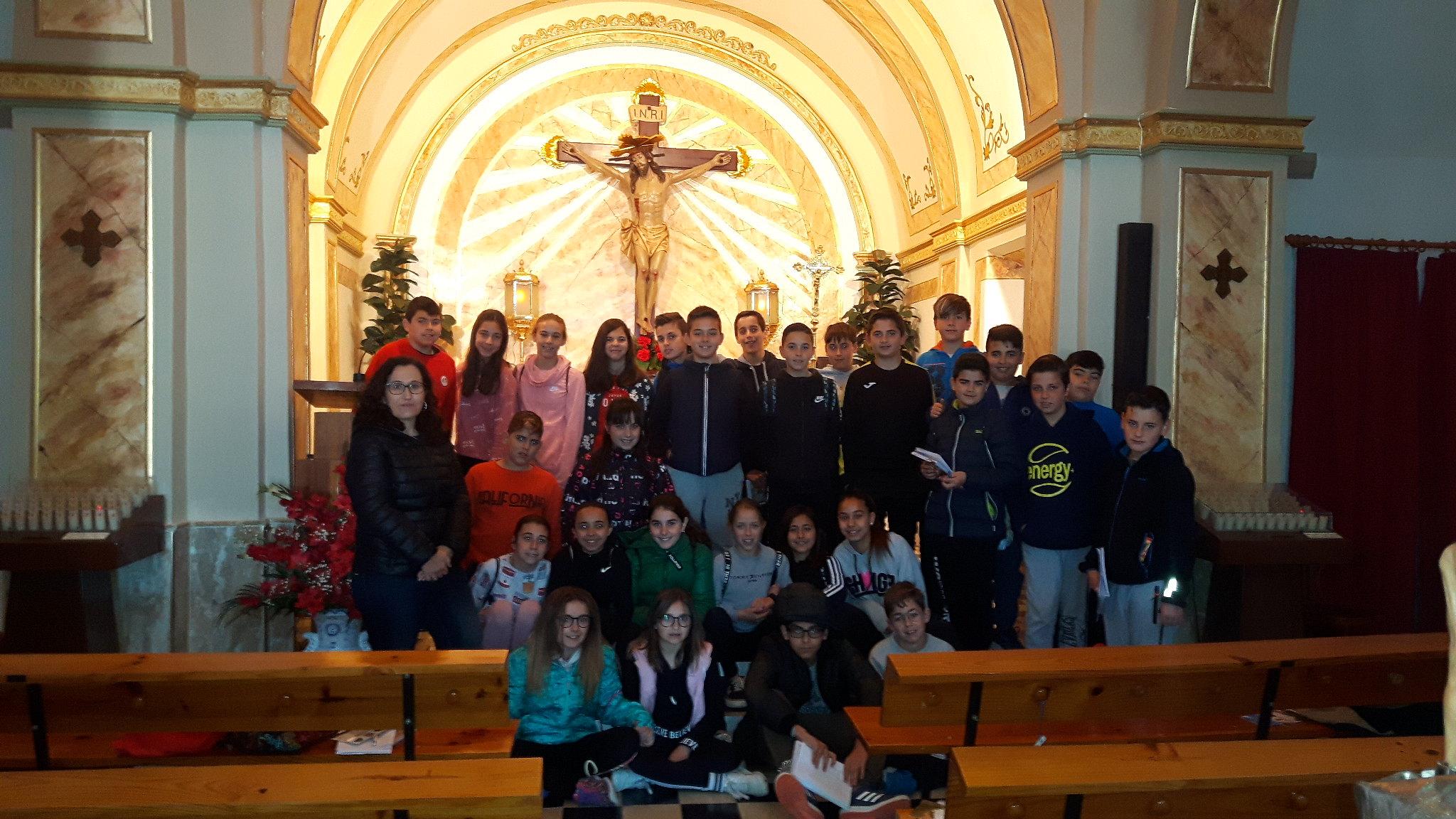 (2019-04-11) Visita ermita alumnos Pilar - 6 primaria -  9 de Octubre - María Isabel Berenguer (02)