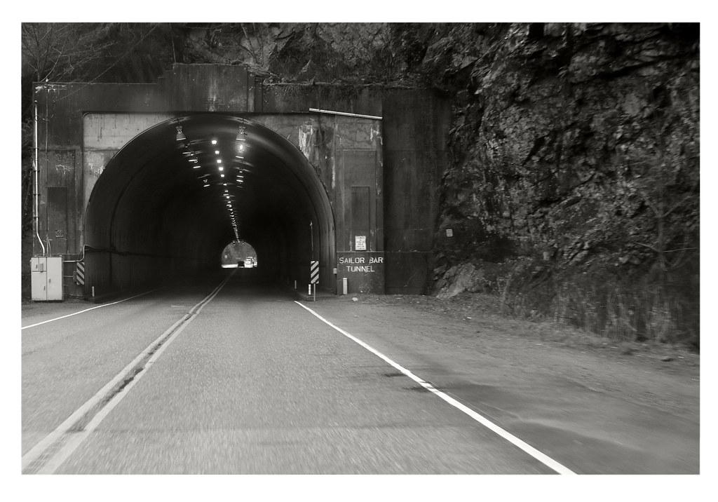 Sailor Bar Tunnel (1959)