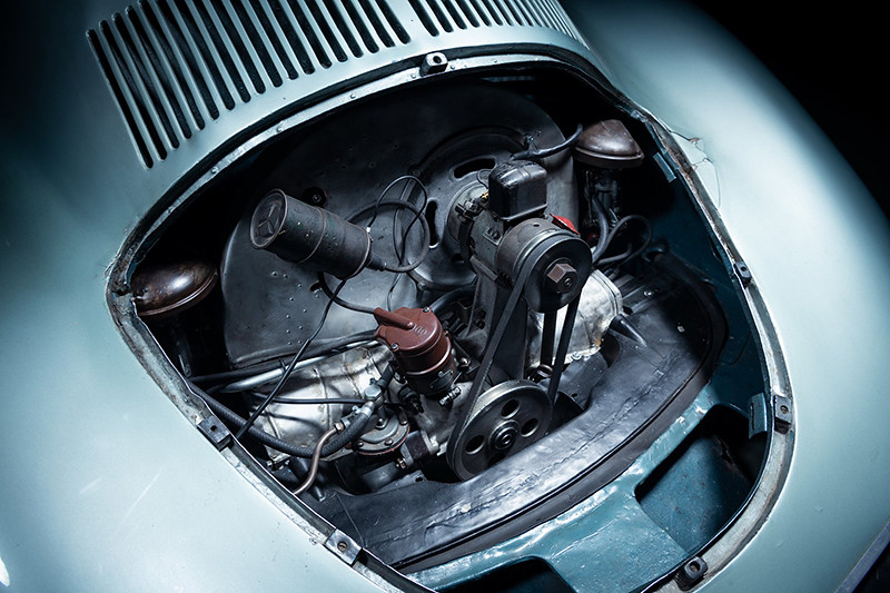 44391147-1939-porsche-type-64_3