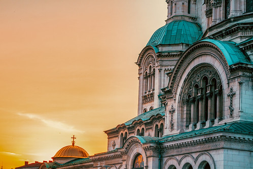 travel traveler traveling tisfortraveler tourist travelphotography tourism destination sofia bulgaria europe alexandernevsky cathedral church religion sunset sun sky summer warm dome closeup canon 700d 1855mm