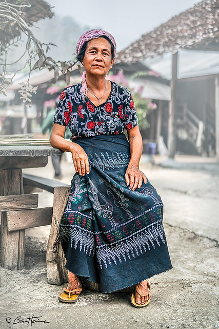 Padaung Kayan Woman in Thailand - Ben Heine Photography
