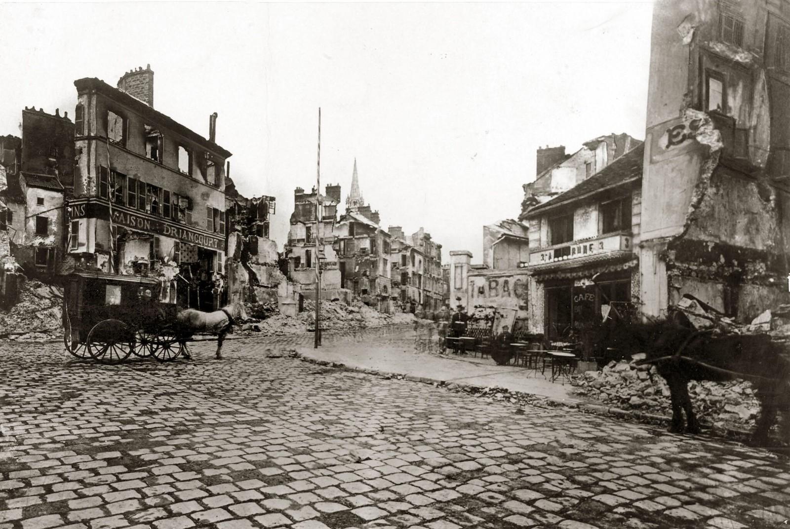 18. 1871. Пригород Санкт-Клауд в Париже был снесен после капитуляции Парижа