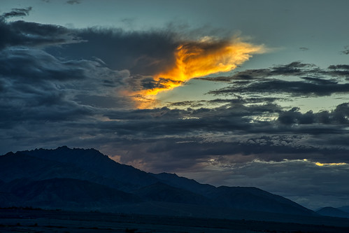sunset dramatic sky clouds sun light summer beautiful travel stakna leh ladakh dusk mountains hills india canon 5dmarkiv