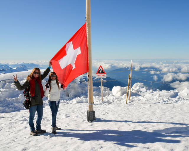 Bandera suiza en el Top of Europe