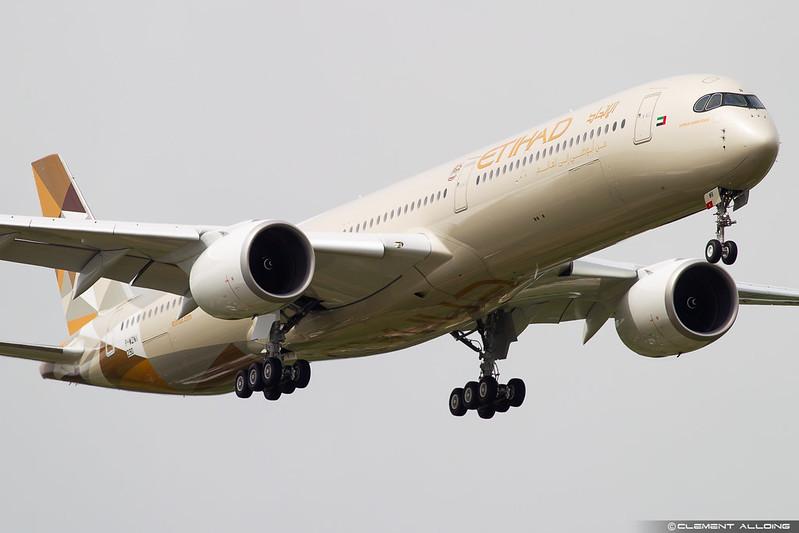 Etihad Airways Airbus A350-1041 cn 290 F-WZNI // A6-XWB