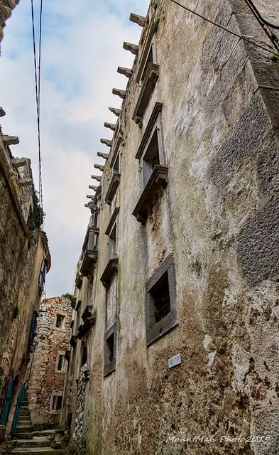 Plomin: ulica u Starom gradu