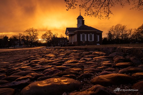 sunset history williams williamsburg colonial color sky orange cobblestone