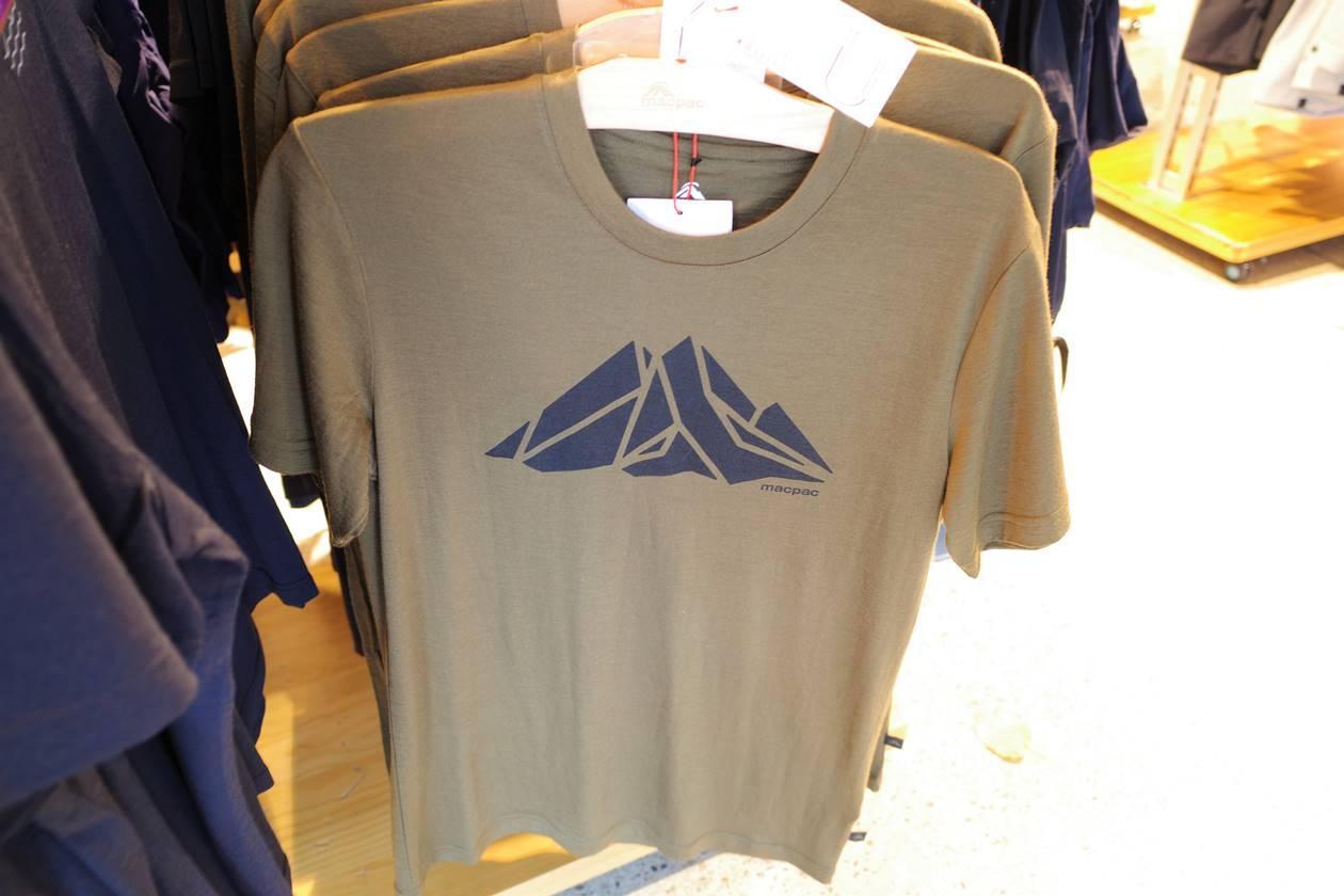 macpac Tシャツ