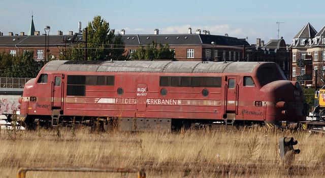 118228 HFHJ MX17 (MX 1017) Frederikvaerbanen Kobenhavn Depot 18.09.2009
