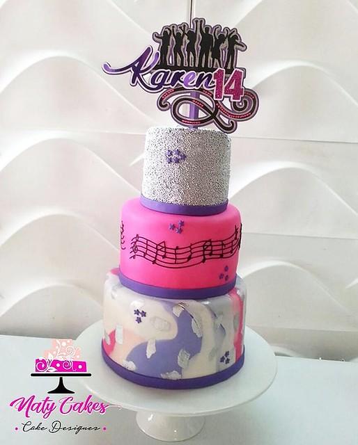 Cake by Naty Cakes USA