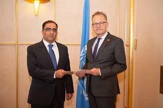 NEW PERMANENT REPRESENTATIVE OF ARMENIA PRESENTS CREDENTIALS TO THE DIRECTOR-GENERAL OF THE UNITED NATIONS OFFICE AT GENEVA