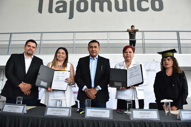 Graduación de Alumnos de DIF Tlajomulco y Firma de Convenio con el IDEFT