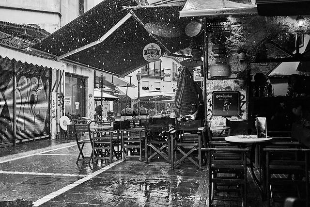 Aperitif in the Rain