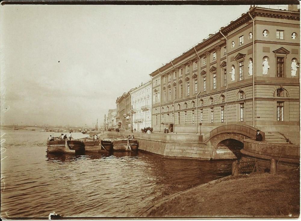 Дворцовая набережная. 1913