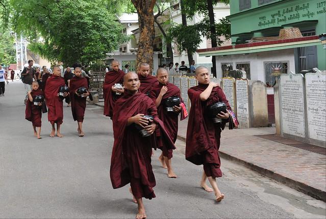 Maha Ganayon Kyaung monastery, Amarapura, Myanmar (Birmania) D700 1264