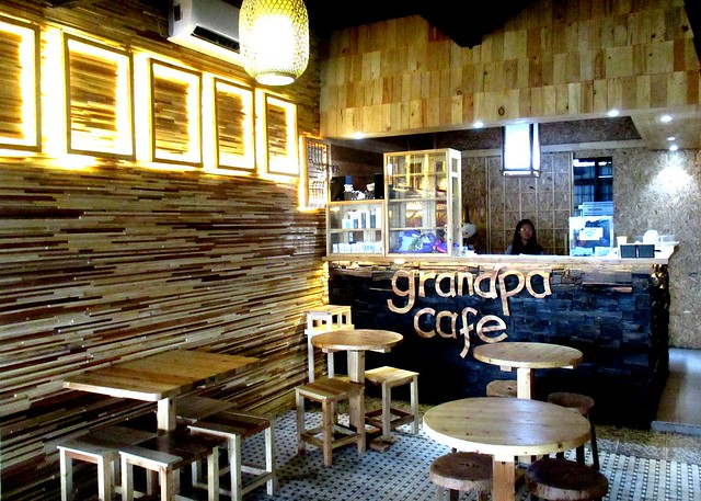 Grandpa Cafe interior