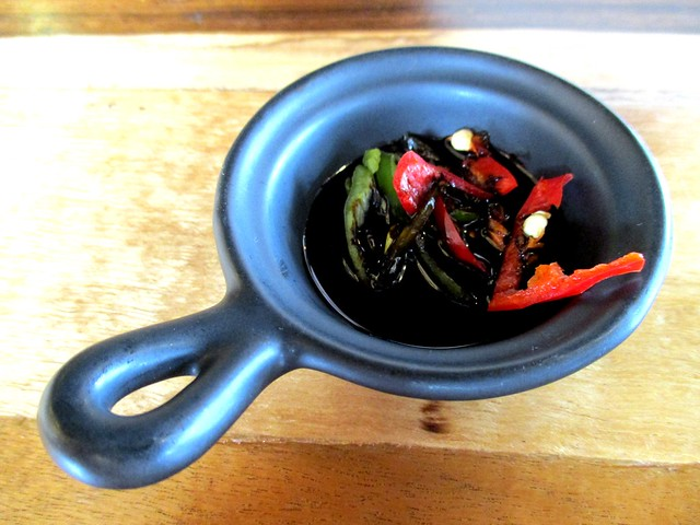 Cut chilies