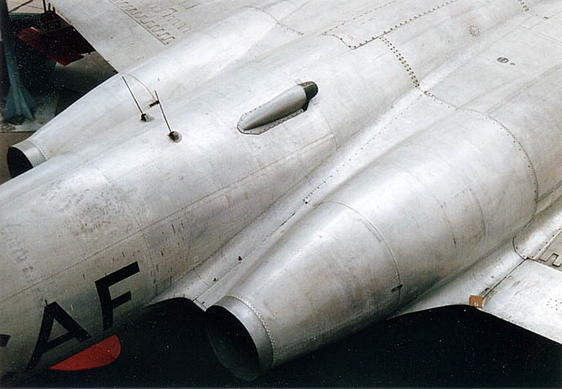 Avro CF-100 Canuck 00005