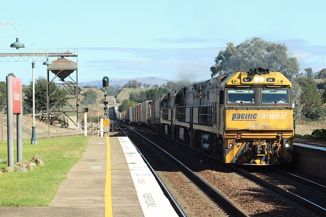 4PS6 passing though Yass Junction station (NSW)  NR66, NR65, NR91