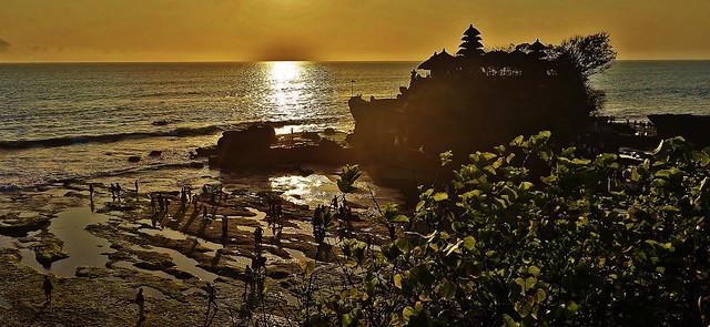 INDONESIEN, Bali -  Rund um den Meerestempel Pura Tanah Lot, Sonnenuntergang , 18209/11488