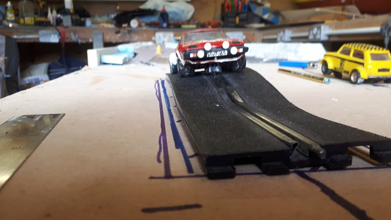 Slot car racing 47811928031_20ef876be5_c