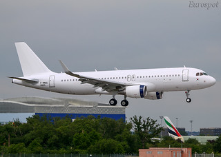 F-WWBG Airbus A320 Aero K