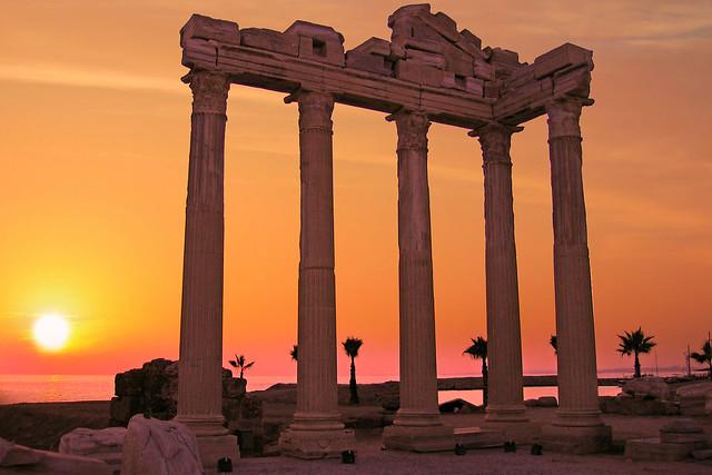 APOLLON TAPINAĞI (Apollon Temple)