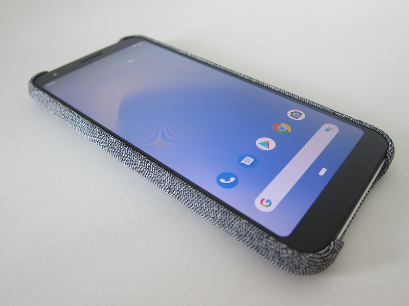 Google Pixel 3a XL Fabric Case - With Phone