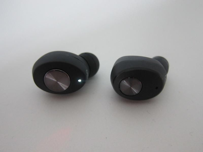 Sudio Tolv vs Sudio Niva - Earbuds - Front