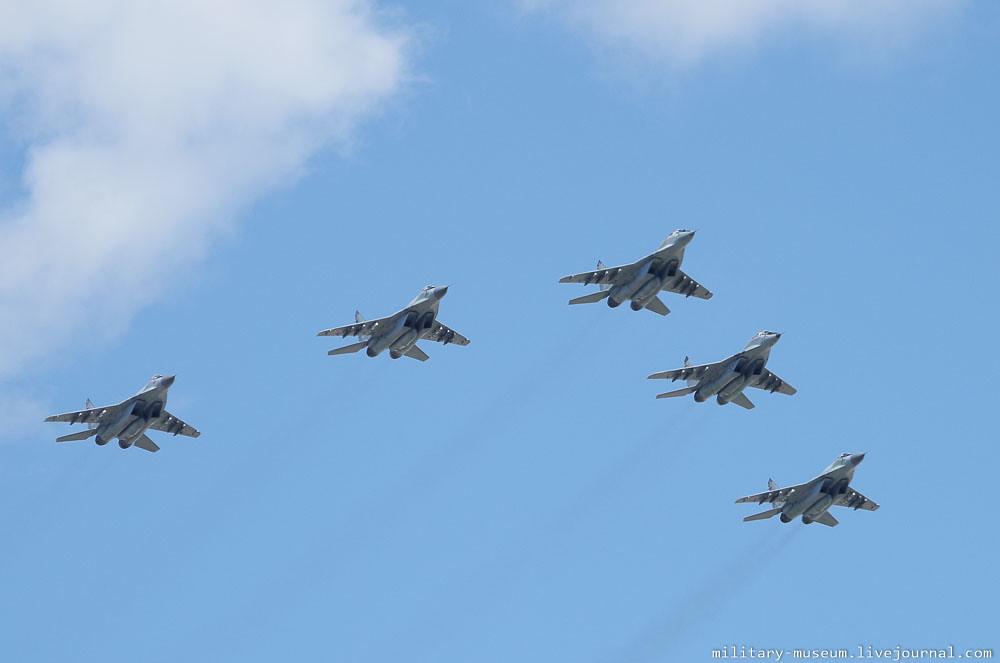 Подготовка к авиапараду 9 мая в Москве-40