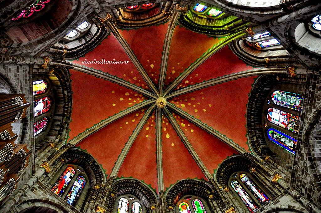 648 – Cúpula - Iglesia St. Gereon – Köln (Germany).