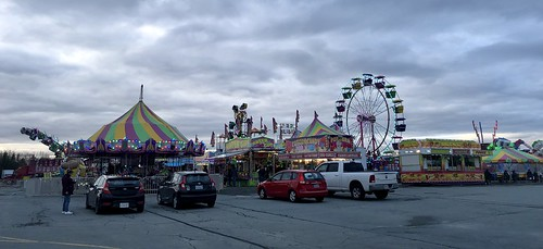 East Coast Amusements carnival at Forest Hills
