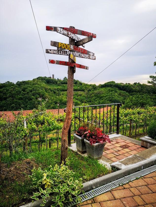 Pintar wine estate Valentine Guest House