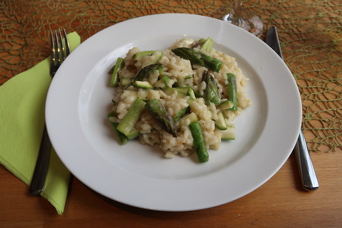Risotto mit grünem Spargel und Ziegenkäse (mein erster Teller)
