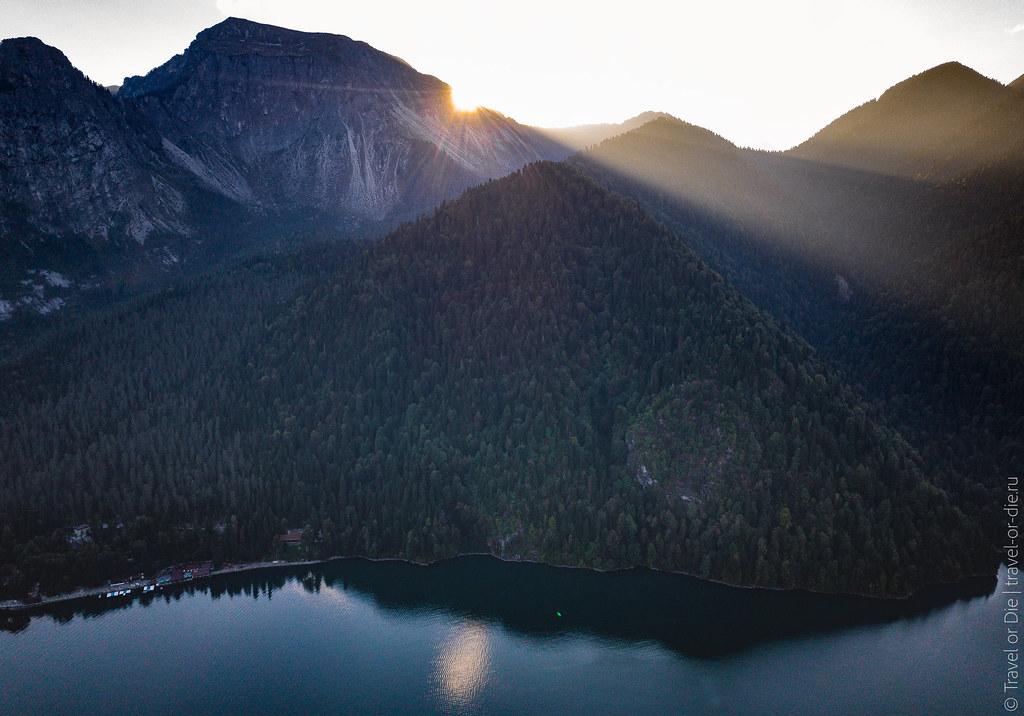 Lake-Ritsa-Abkhazia-Озеро-Рица-Абхазия-dji-mavic-0789