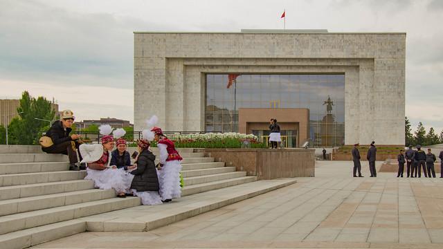Bishkek, Piazza Central Ala-Too 06